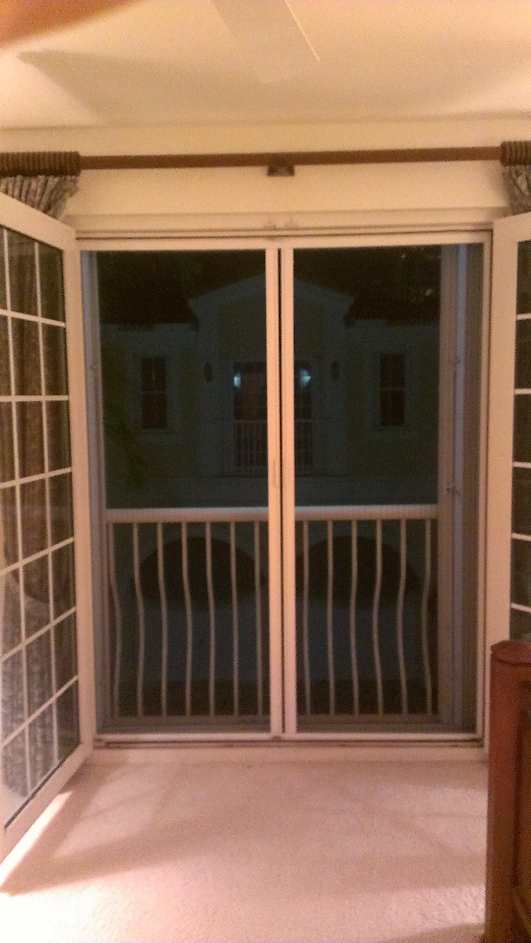Retractable Screen - Center Open French Door