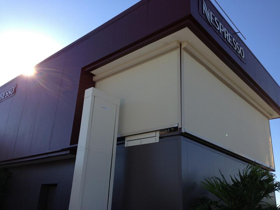 Roller Screen - Exterior