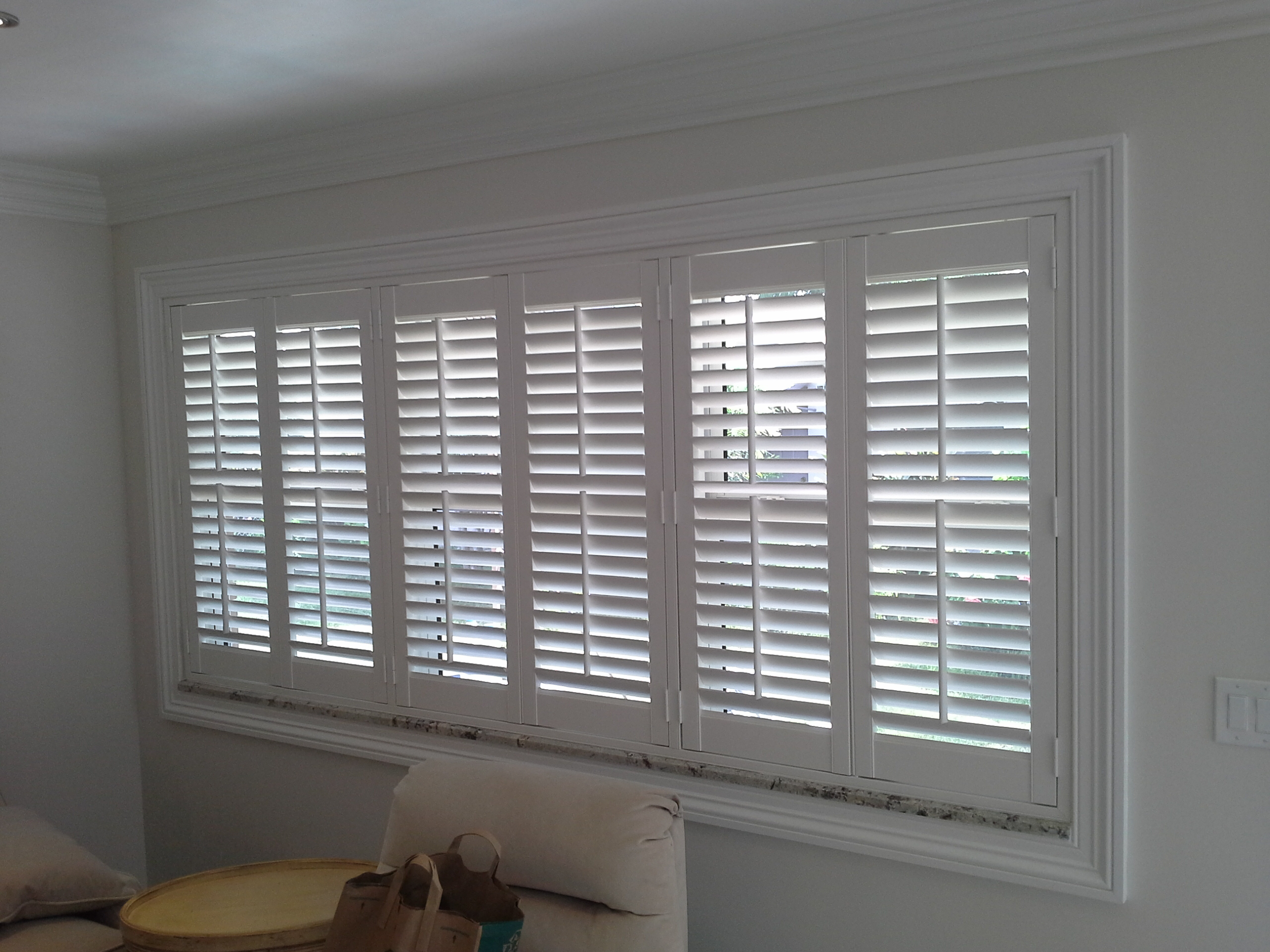 Shutters manufacturers of custom window treatments for Window treatment manufacturers