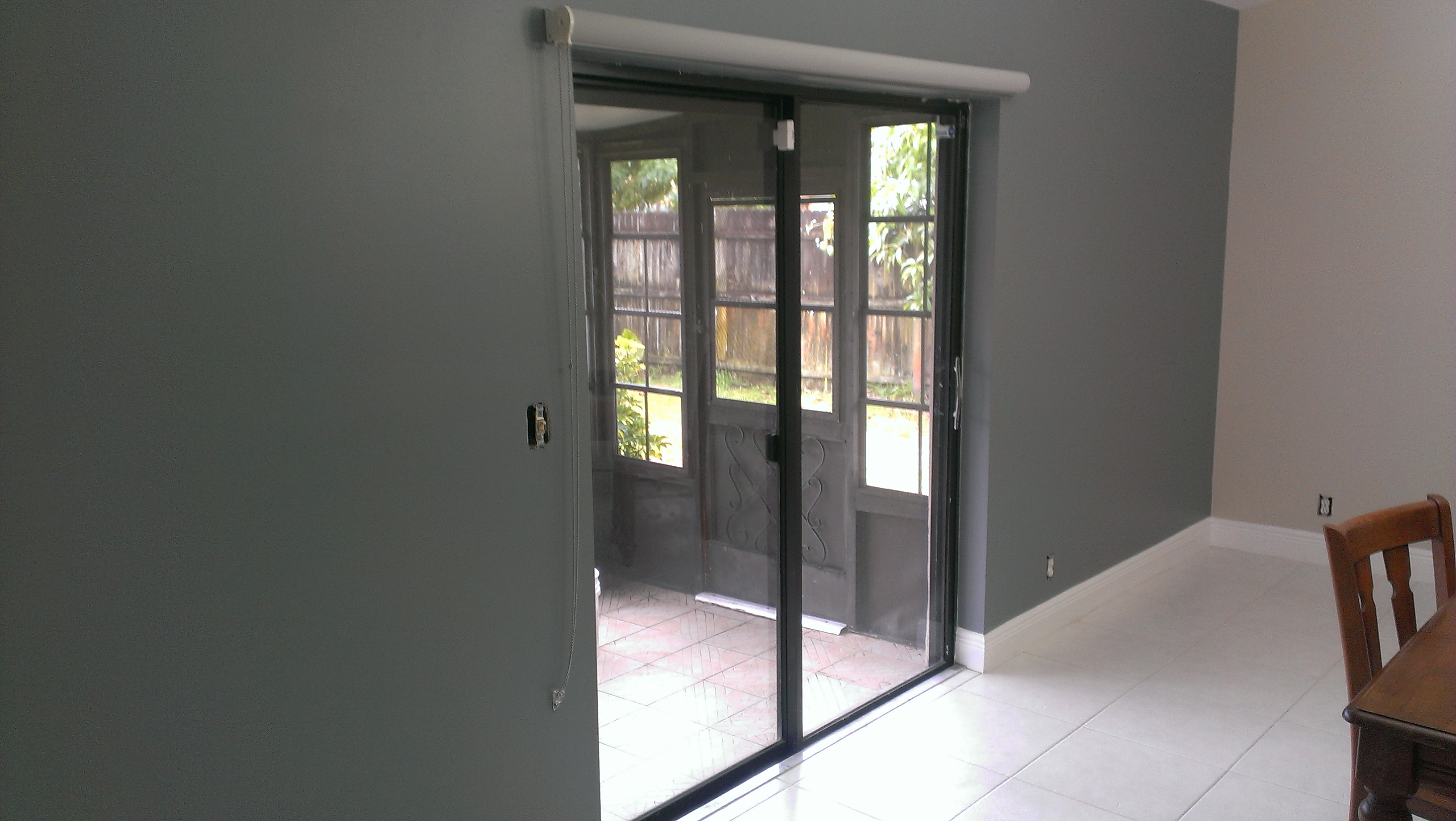 Horizontal shades for sliding glass doors for Glazed sliding doors